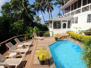 Villa St. Lucia- Wonderful Cottage-Style Escape
