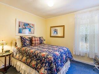 Sunny Hideaway Second Bedroom