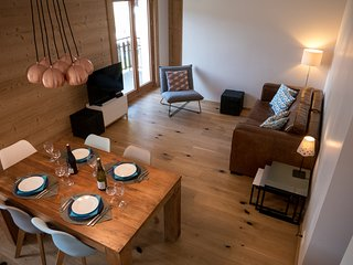 Newly renovated Central Morzine apartment