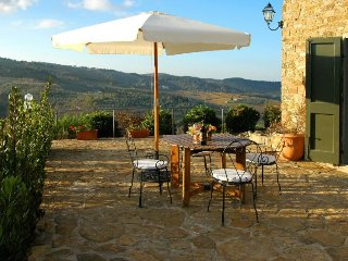 Panzano in Chianti Villa Sleeps 4 with Pool Air Con and WiFi - 5218469