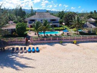 Villa Paradiso - Ocho Rios 7 Bedroom Beachfront