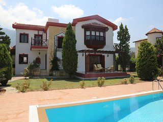 Luxurious, 3-bedroom Bellapais villa with mountain & sea views. Sleeps up to 8