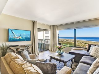 Breathtaking Surf & Racquet Club OCEANFRONT condo renovated in 2017 and 2018!
