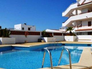 Ocean View Apartment over Los Cristianos, Playa las Vistas, WiFi