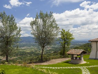 Suite Sole - Delightful apartment situated in the Chianti hills