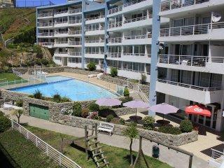 Cómodo apartamento con vista al mar a sólo pasos de la playa en Concón
