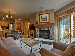 Keystone Condo w/ Village Views - Walk to Gondola!