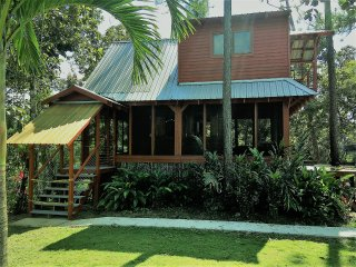 Mahalo House at Kane Villas - Mountain Pine Ridge