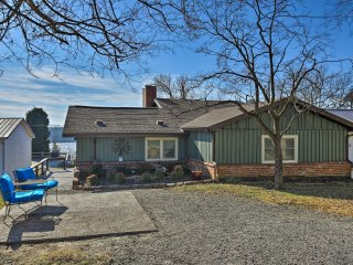 NEW! 2BR Home on Ohio River w/Water Views & Porch!