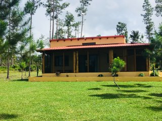 The Pua Villa at Kāne Villas -  Mountain Pine Ridge