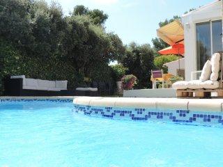 Villa avec piscine au coeur de la Provence