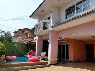 Pool House for rent near Jomtien beach Pattaya