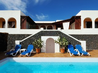 Luxury Appartments in Playa Blanca - Apartamentos Los Riscos - Appartment A