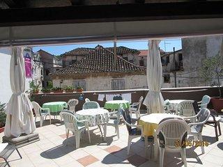Ferienwohnung 4237-2 für 6 Pers. in Trogir