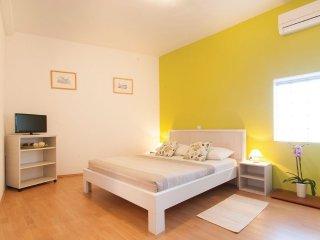 Studioapartment 3603-1 fur 3 Pers. in Rovinjsko Se
