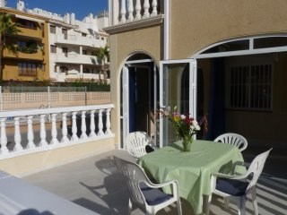 fully renovated holiday home (8p) in Costa Blanca