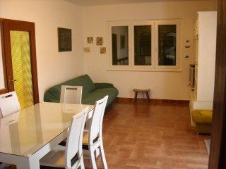Ferienhaus 3753-1 für 7 Pers. in Pašman