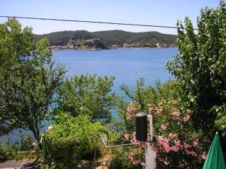 Ferienwohnung 3750-1 für 8 Pers. in Supetarska Dra