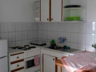 Ferienwohnung 3717-2 für 4 Pers. in Starigrad-Pakl