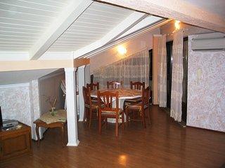 Ferienwohnung 821-3 fur 6 Pers. in Privlaka