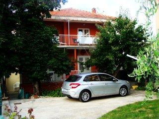 Ferienwohnung 3538-1 für 6+1 Pers. in Sukošan