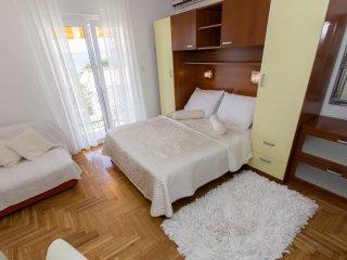 Studio apartment 3521-2 for 3 Pers. in Brela
