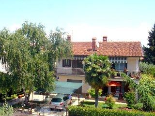 Ferienwohnung 906-2 für 4 Pers. in Novigrad