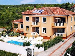 Ferienwohnung 858-1 für 5 Pers. in Zadar