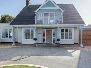 Waterfront Retreat: Cottage Annexe, Yarmouth, Isle Of Wight, UK