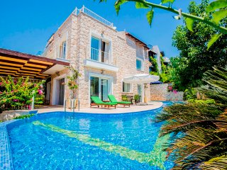 4 Bedroom Luxury Villa in Kalkan With Pool and Seaview and 150 Meters From Sea