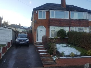 3 Bed Home perfect for a Family - Great Barr