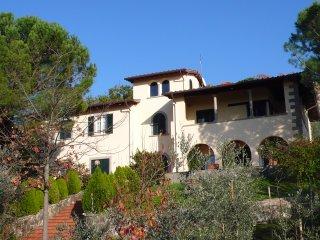 'LUNA': 'Appartamento in Villa' con parco, a mezzora da Firenze, in Toscana
