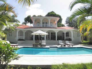 Luxurious Four Bedroom Crown Villa with Chairman's Circle Samana Elite Members!