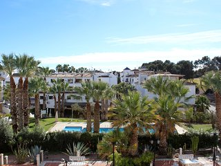 2 bed 2 bath South Facing apt with Amazing Views of the Pool & Golf Course