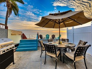 20% OFF NOV + DEC! Oceanfront & 2 Units in One, Amazing Location w/ Views