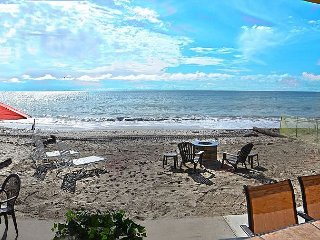 Spacious 3BR/3BA Lower Duplex - Beachfront in Exclusive Gated Community