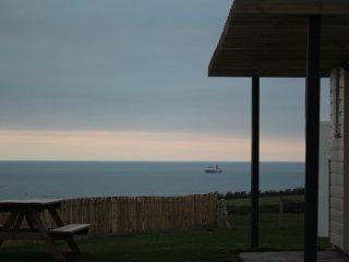 gîte refait à neuf,  pleine vue mer, proche plage, 6 pers