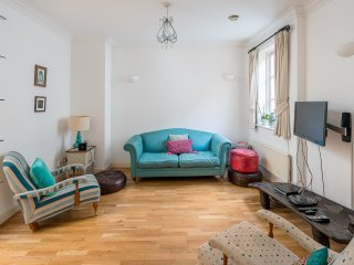 Pretty 2 Bed 2 Bath in Marylebone / Baker Street