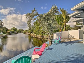 Wilton Manors Home on a Canal 10 Mins to Beach!