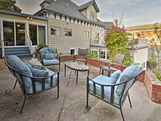 Crockett Victorian Apt. w/ Carquinez Strait Views!