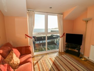 SEA DRIFT, incredible sea views, open plan living, centre of Saundersfoot, Ref
