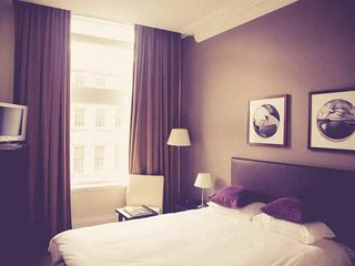 VINCHEE SUITES - #3 Premium Suites