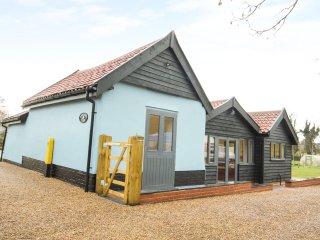 WHITEHANDS FARM, WiFi, open-plan living, all bedrooms en-suite, Ref 938543