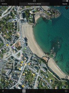 point violet : localisation de la location 50 m de la plage