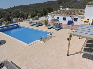 Cortijo Las Nubes  rental house : relax and enjoy