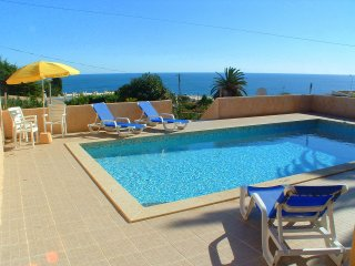 Luz Parque Villa. Detached house with private pool and fantastic sea views.