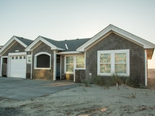 Whale's Tail Cottage #131 -  oceanfront luxury home on the beach in Pacific City