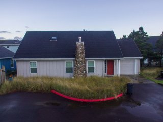 Kiwanda Sea-Esta #142 - Perfect family beach rental home in Pacific City