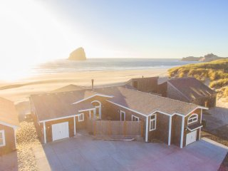Bailey's Place #173 -  Brand new luxury oceanfront home in Kiwanda Shores