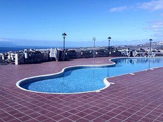 Casa en Esquina con jardin y vistas, Playa de las AmericasTorviscas, Costa Adeje